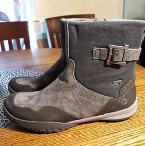 Merrell Gray Leather and Suede Boots